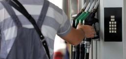 Бензините поскапи за половина денар, за исто толку поевтин дизелот