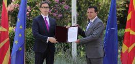 Pendarovski hands new PM mandate to Zaev