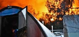 Уапсени 13 лица после пожарот во близина на мигрантски камп на Самос