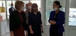 Carovska sot vizitoi shkollat e Tetovës