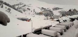 Në Kodër të Diellit shtresa e borës arrin në 40 centimetra