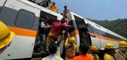 48 people killed in deadly train accident in eastern Taiwan