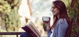 A e dini se leximi i librave përmirëson shëndetin? Ndikon më shumë në këto 9 gjëra