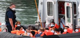 English channel crossings continue as numbers approach 2020 record