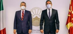 Димитров – Дела Ведова: Скопје треба да ги почне преговорите со ЕУ, без попречувања поради билатерални прашања
