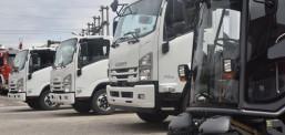 Komuna e Tetovës sot i dorëzoi në përdorim 4 kamionë të ri për grumbullim të mbeturinave